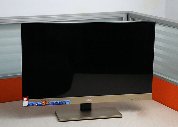 Ecran mare pentru senzatii puternice in 3D