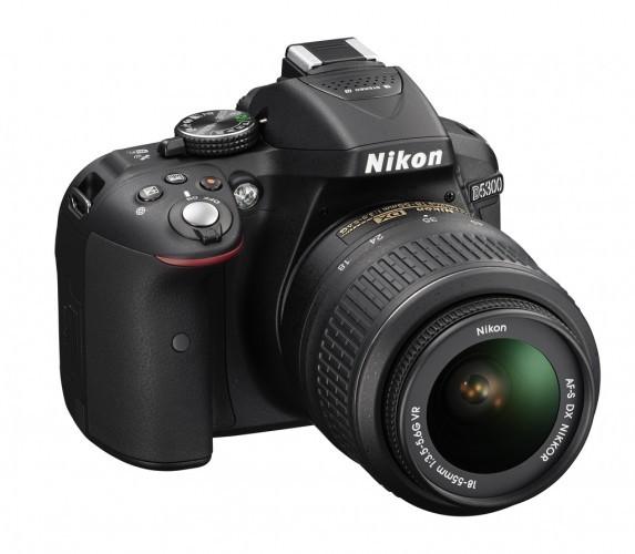 Nikon D5300 imbina performanta SLR cu conectivitatea wireless