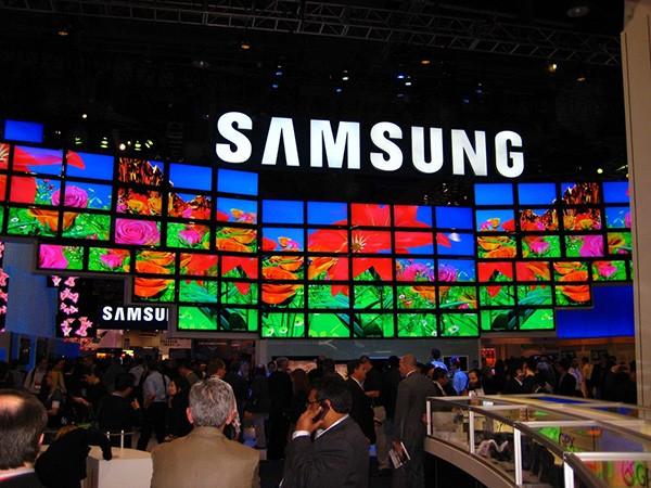 Samsung Galaxy S5 va fi lansat mai devreme